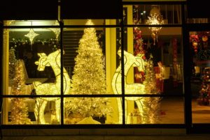 christmas light installers decorations retail stores