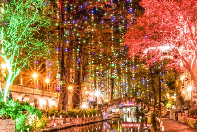 christmas light installers for malls tx